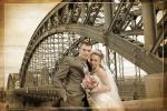 Свадебная фотосессия на Большеохтинском мосту (он же мост Петра Великого)