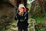 Язык жестов в Юго-Западном Китае, иностранцу предлагают поесть