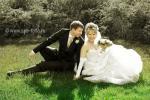 Свадебная фото-сессия на лужайке в центре Санкт-Петербурга