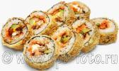 Ролл  в панировке с угрем, лососем и авокадо – это изображение, созданное мною для меню ресторана японской кухни