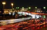 Дворцовый мост в Санкт-Петербурге сфотографирован вечером 27 ноября 2006 года