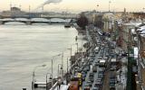 Фото пробки на Английской набережной реки Невы в городе Санкт-Петербурге