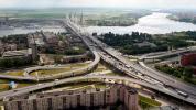 На фото Большой Обуховский мост в Санкт-Петербурге, он же Вантовый мост