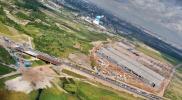 На фото строительство моста через реку Утка