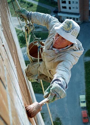 Маляр - высотник, промышленный альпинист, фото