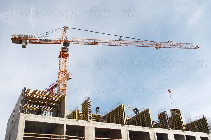 Башенный кран для строительства дома 83