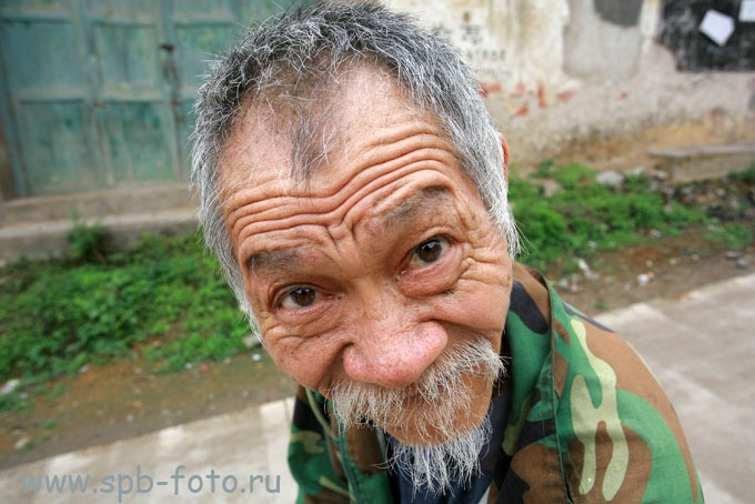 Старик из деревни Фули