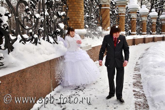 Свадебная прогулка по заснеженному Петербургу, фото