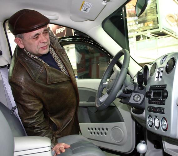 автосалон мир авто волжский