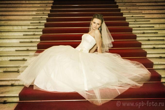 Фотограф для свадьбы в Петербурге, 2500 рублей за съемочный час