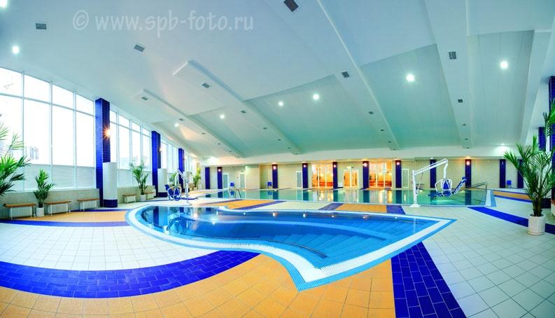 Интерьер современного бассейна, фото