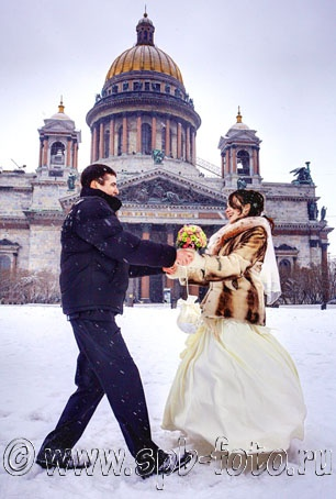 http://spb-foto.ru/foto/thumbs/lrg-2703-winter_wedding_in_st_petersburg.jpg