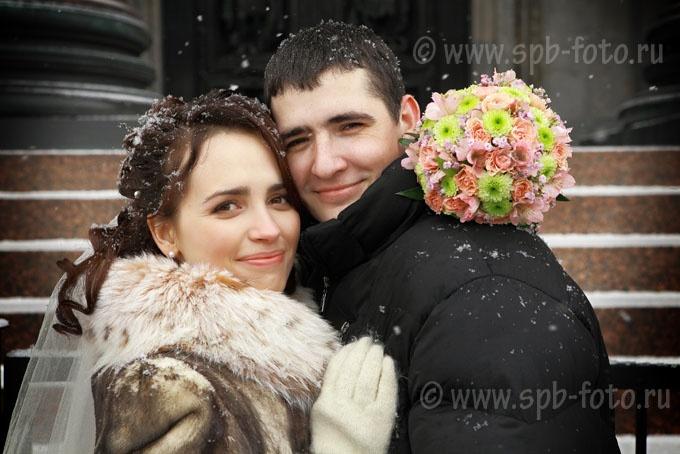 Где фотографироваться на свадьбу зимой, в Санкт-Петербурге (это корявое, с точки зрения русского языка, выражение, очень частый поисковый запрос)