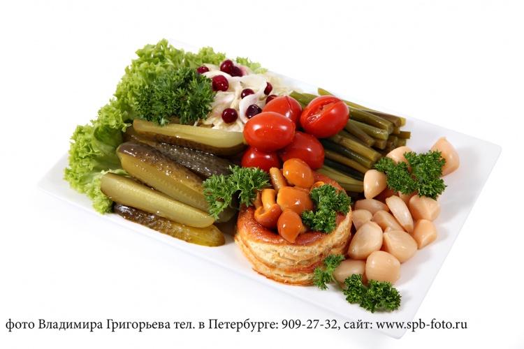 Фотосъемка ресторанных блюд на белом фоне