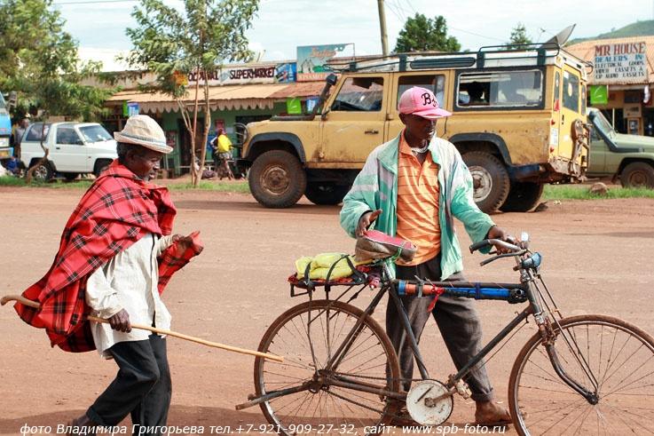 Танзания, велосипедист