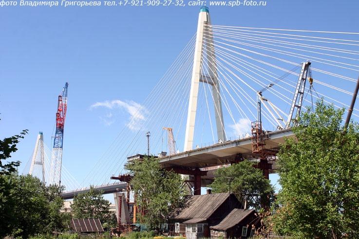 Фоторепортаж о доме под мостом
