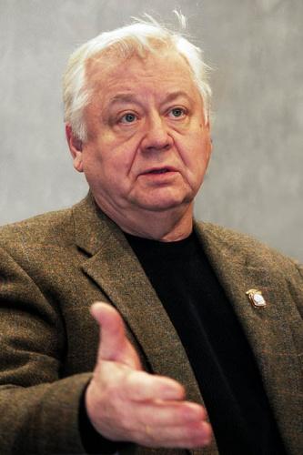 Актер Олег Табаков