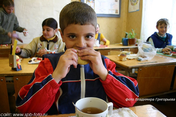 Школьный обед, фото