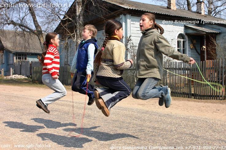 Переменка в сельской школе